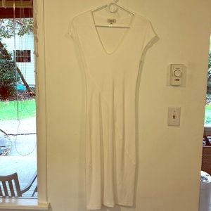 Aritzia - T. Babaton bid con dress
